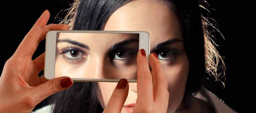 smartphone-face-woman-eyes-122428.jpeg